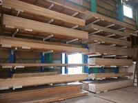 0143 入出荷作業の高効率化を考慮した木材・建材の保管用電動ラック (株)ムシカ
