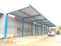 0175 プレカット、2X4資材保管用の大型片持ち屋根庇 (株)マルサン