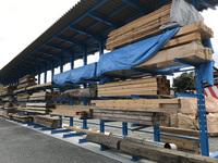 187 建築資材を誰が見てもわかりやすく保管出来る屋根付きラック (有)佐山建築 小高事業所