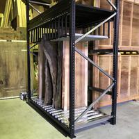 200 無垢板テーブルの天板を陳列するためのスライドラック (株)阿久津材木店