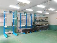 209 10~12尺の建築資材を保管するラック 桑原板金工業(株)