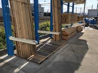 259 伝統品制作の材料を立掛けする為のラック A社