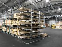 296 少量の建材を細かく高さ積み出来る折りたたみパレット(ポストパレット) ナイス物流(株)北九州物流センター 資材事業本部 物流部