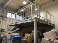 294 バルブやそれに付随する製品及び材料の置き場を確保するための形鋼棚 A社