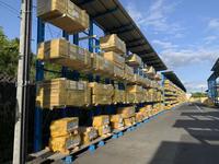 339 多種の建築資材パーツを効率良くトラックに荷積みできるバーラック(キャンチレバーラック) A社